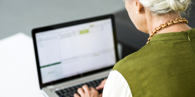 Prêt relais pour senior : fonctionnement, particularités, simulation
