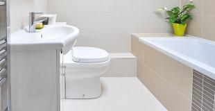 Peut-on installer une porte sur une baignoire classique ?