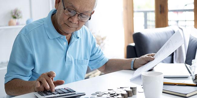 Regroupement de crédits quand on est retraité : avantages et inconvénients