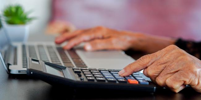 Retraité : pourquoi regrouper ses crédits consommation et son crédit auto
